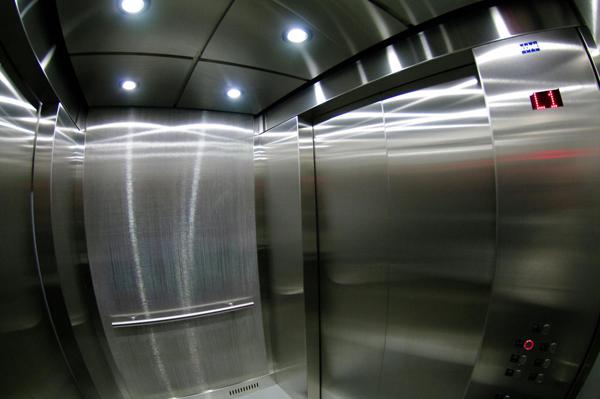 150823_elevator_03