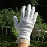 【アトピー】二重手袋で無意識の掻きむしりのダメージを軽減!【とびひ】